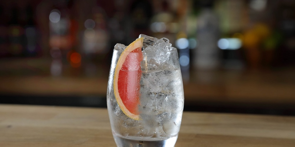 gin and pink grapefruit